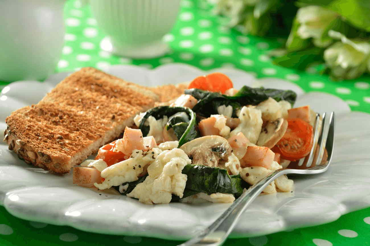 Scrambled Egg Whites with Spinach