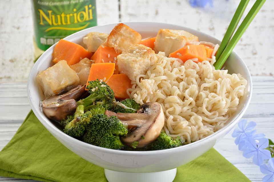 bowl-de-ramen-con-verduras