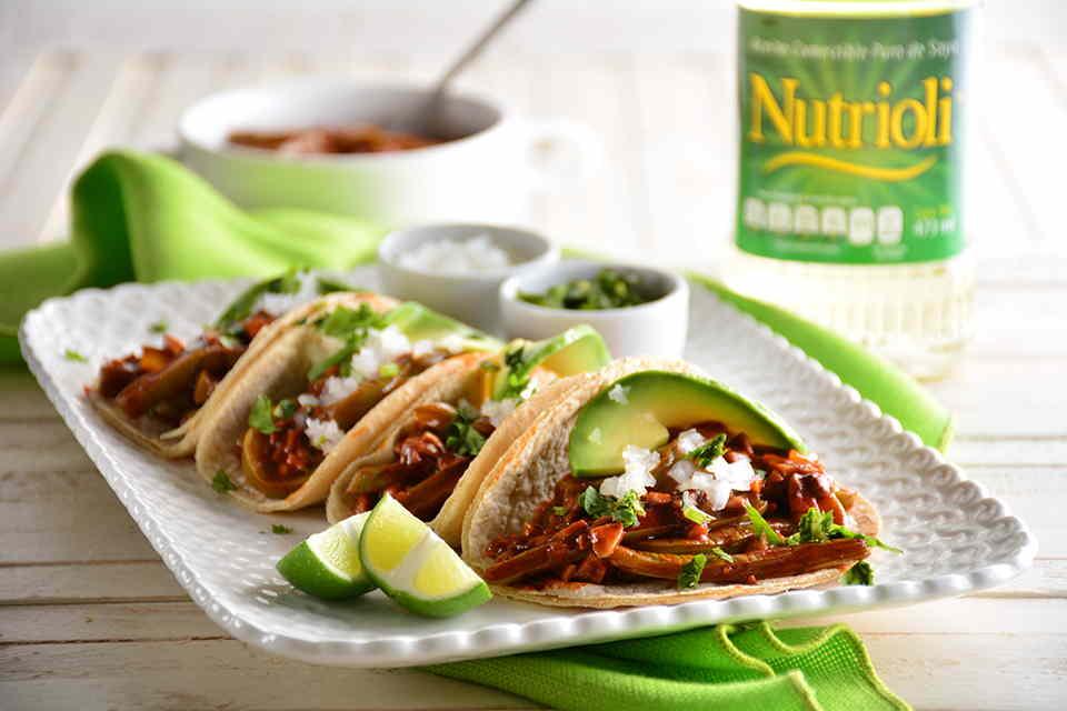 Tacos-de-nopal-y-chorizo-vegano